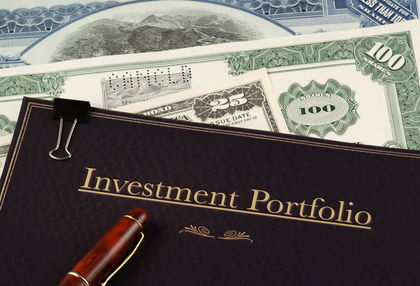 Money and Invest Portfolio book