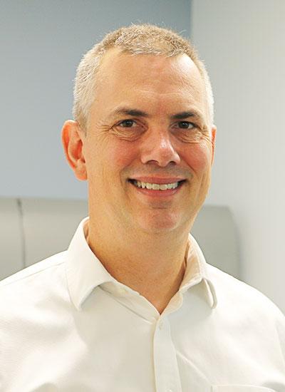 Picture of Commissioner Manuel P. Alvarez